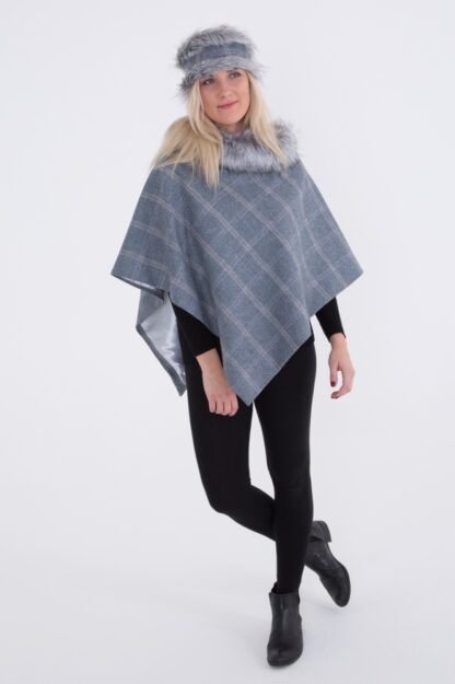 Holly Short Cape
